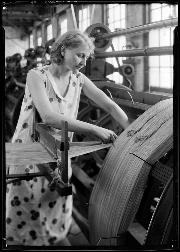 A Bit of Beauty Behind the Threads 1932-3
