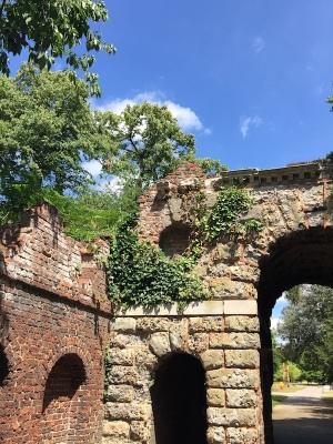Kew Gardens 6 Ruined Arch